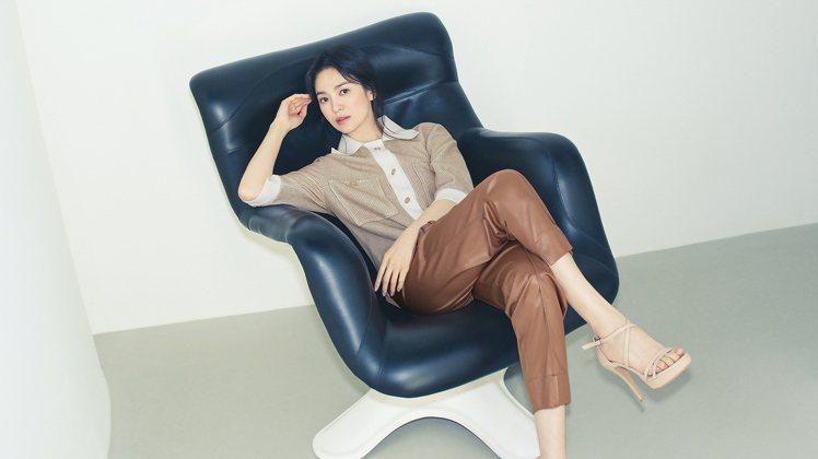 宋慧喬為韓國女裝品牌MICHAA拍攝2021早秋系列形象照。圖/取自MICHAA...