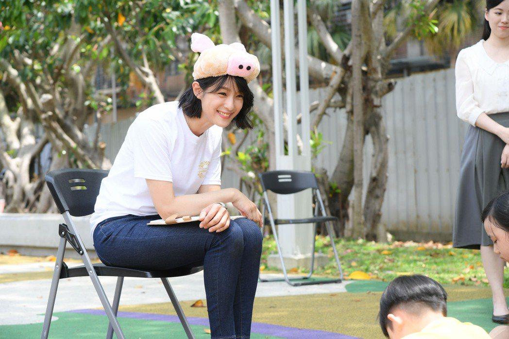 賴雅妍在「三隻小豬的逆襲」中很多逗趣演出。圖/三立提供