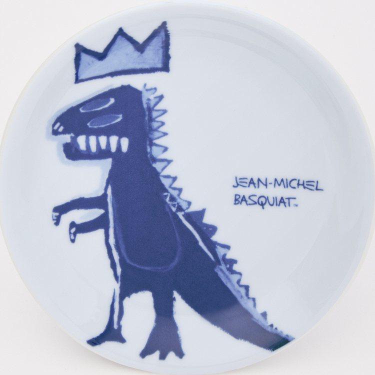 UNIQLO Jean-Michel Basquiat聯名UT系列餐盤290元。...