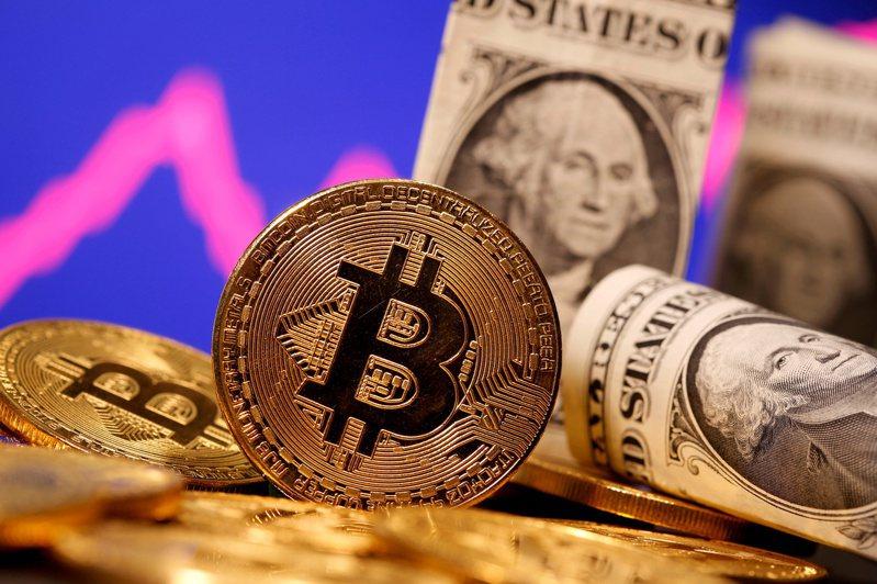 比特幣4月站上6.5萬美元歷史新高,到6月底卻只剩下3.6萬美元,短短2個月重挫近五成,創下比特幣從2011年有紀錄以來最大的跌幅。路透