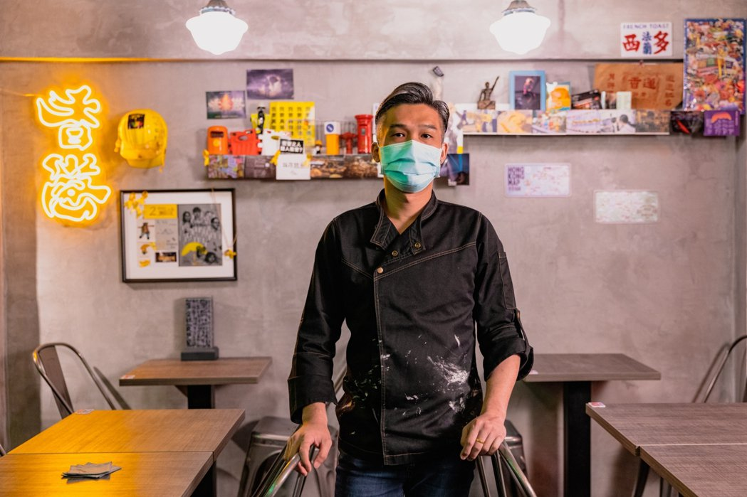 Virgil說,「沙田冰室」想要傳達的是,想給不知道香港發生什麼事的台灣人,讓他...