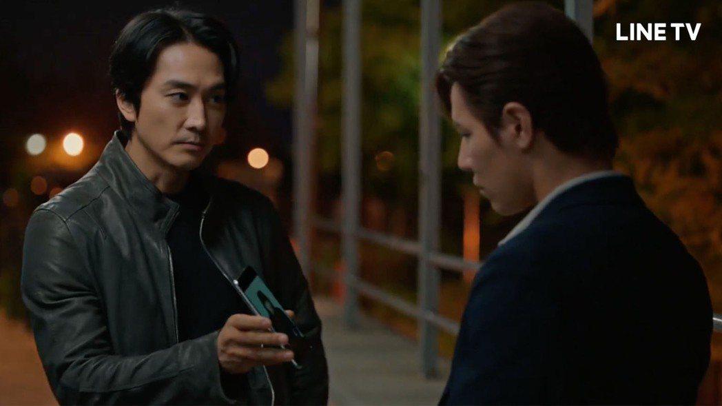 李奎炯跟宋承憲正面交鋒。圖/LINE TV提供