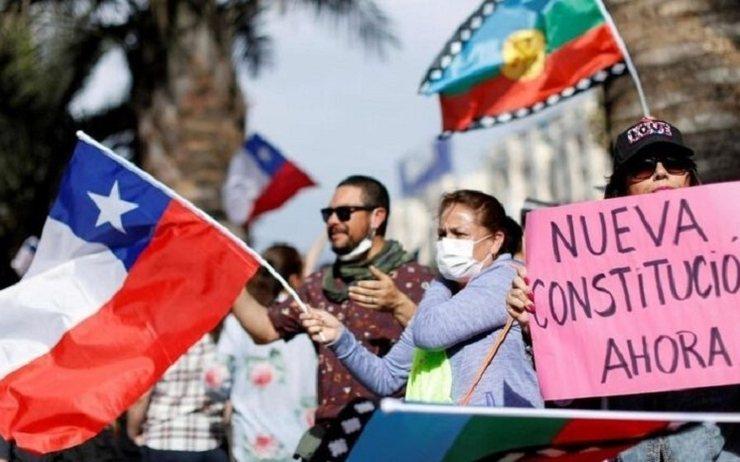 智利將由原住民女教授帶領起草智利的新憲法,外界盼望智利藉此從過去的獨裁政權中轉型成功。(網路截圖)