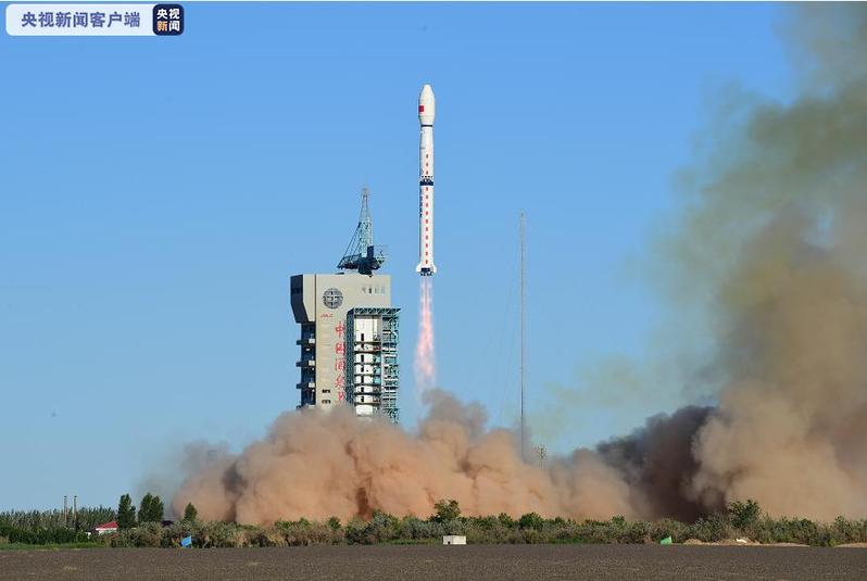 大陸發射風雲三號E星,此為全球首顆民用晨昏軌道氣象衛星。央視新聞畫面