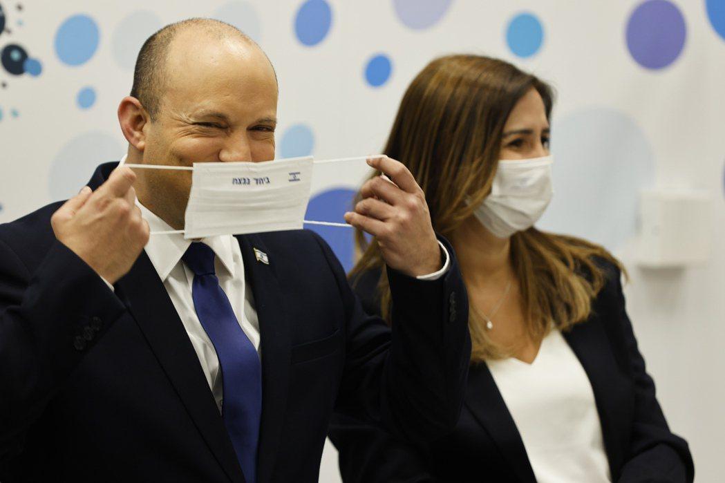 主導疫苗等價交換談判與後續空運的以色列總理貝內特(圖)表示:與南韓疫苗週轉的「雙...