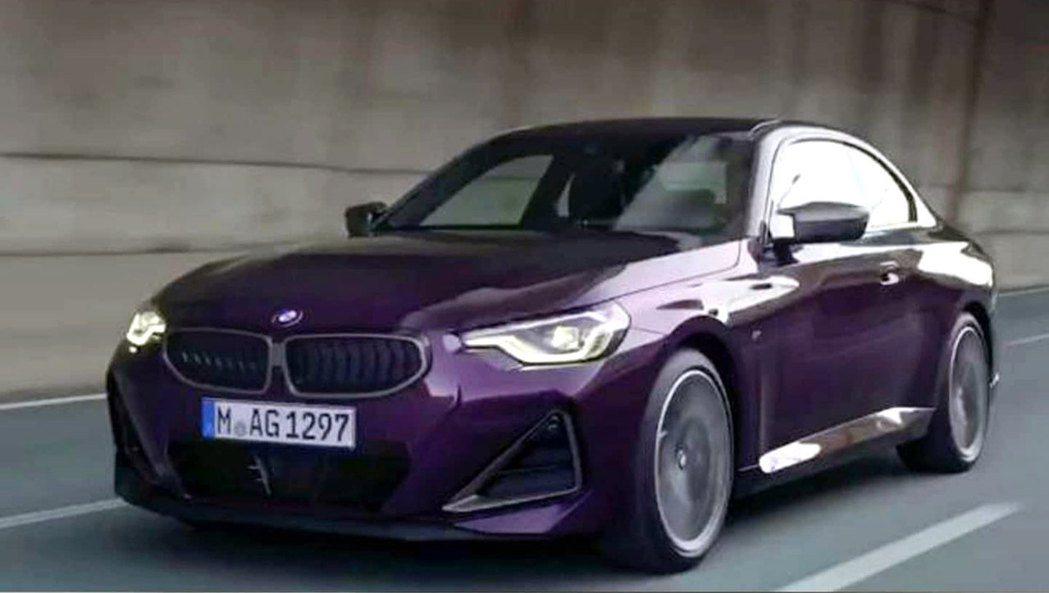 全新BMW M240i流出照。 摘自carscoops