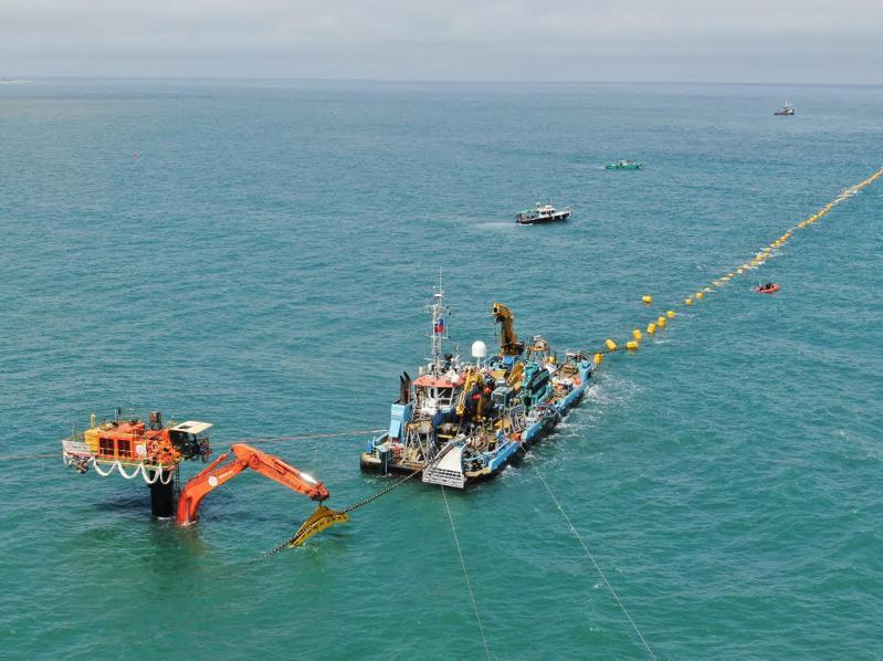 海能風電今(6)日宣佈成功完成輸出海纜安裝工程。 圖/海能風電提供