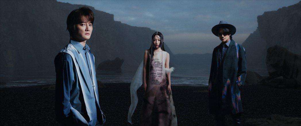 F.I.R.飛兒樂團新專輯造型砸7位數打造新漢風時尚。圖/華研國際提供