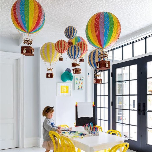 Authentic Models熱氣球讓空間變得相當夢幻。圖/Marais瑪黑家...
