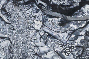 關渡美術館《潮汐時間表 》:瑪莉娜・克魯斯台灣首度大型個展,從家族存物到母系三代的20年創作