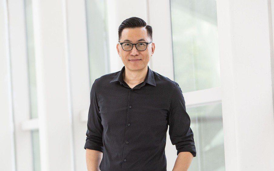 王俊傑 臺北市立美術館館長,面對問題尋求理性討論與解決的藝術家,專長是新媒體藝術...