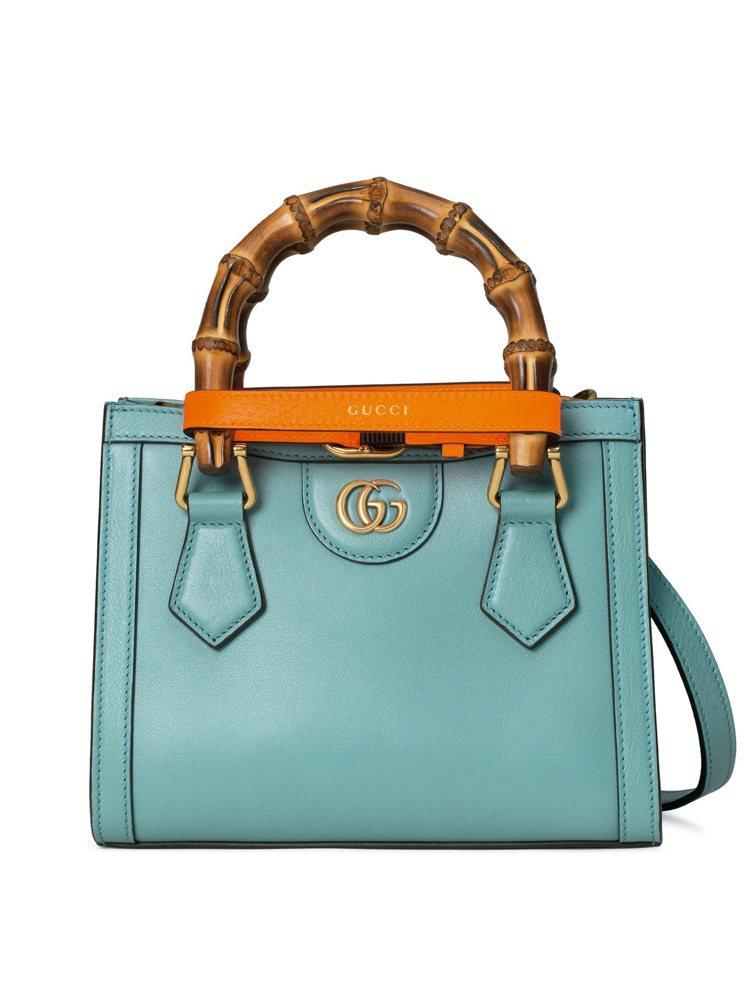 GUCCI Diana藍色迷你手提包,95,000元。圖/GUCCI提供
