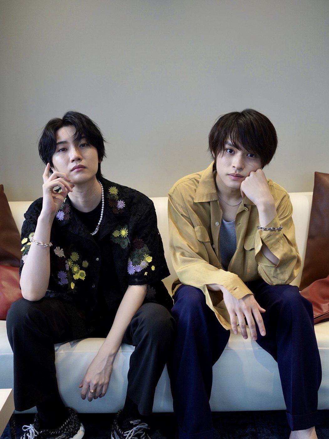 櫻田通(左)和師弟兵頭功海(右)希望疫情過後能來台灣與大家見面。圖/雅慕斯娛樂提...