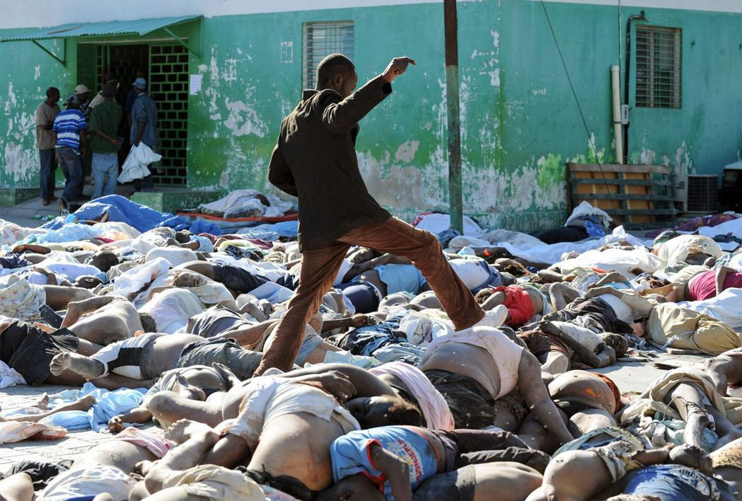 作為全世界最貧困與最貪腐的國家之一,海地在90年代的血腥內戰後,也在2010年大...