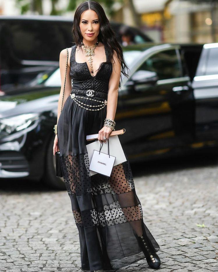 Christine Chiu在巴黎觀賞香奈兒高級訂製服大秀。圖/取自IG