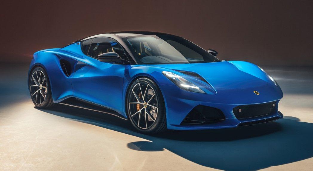 Lotus首度將Mercedes-AMG的渦輪引擎導入Emira上。 圖/Lot...