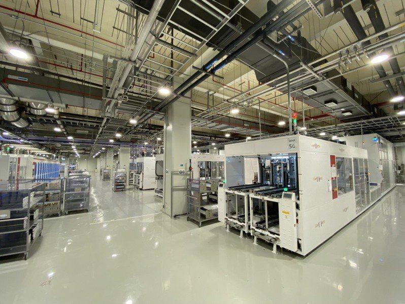 元晶新裝設的尖端太陽能電池產線日前已經架設完成並開始試產,有利提升競爭力。元晶/提供