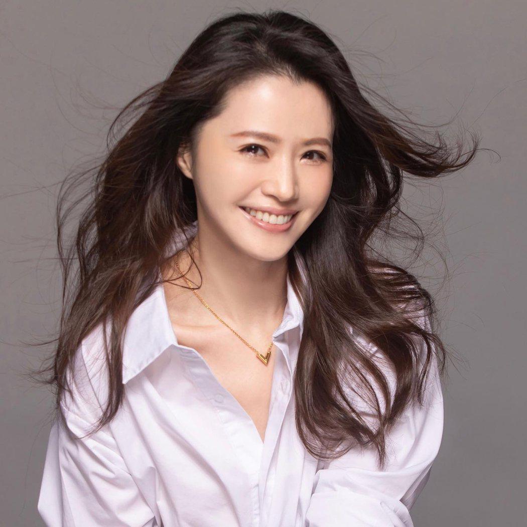 尹嘉萱宣布已結婚4年。圖/摘自臉書
