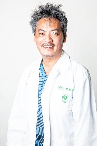 部立台東醫院急診部主治醫師徐超斌。圖 /徐超斌提供