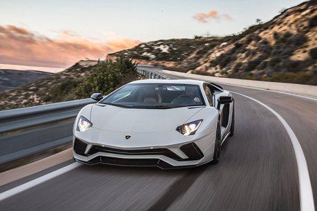 動力、操控科技回顧史!Lamborghini Aventador問世10年