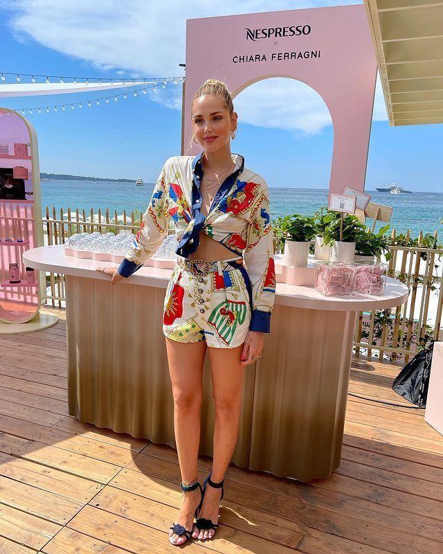 Chiara Ferragni身穿ETRO春夏系列出席Nespresso x C...