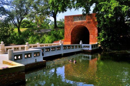 台南市安平獲選觀光局今年的經典小鎮,圖為億載金城。  圖/台南市觀旅局提供