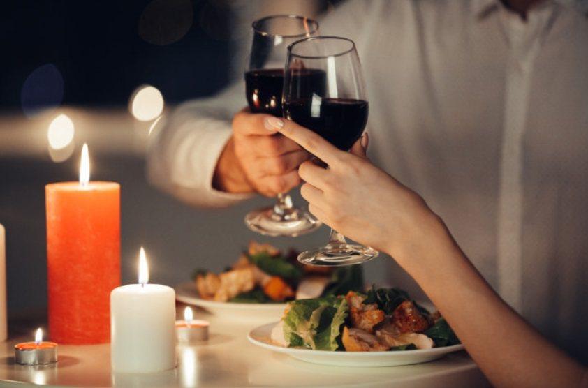 朋友之間友誼的維繫,經常就是透過約吃飯,沒有什麼功利目的,純粹是為了聯絡感情。 ...