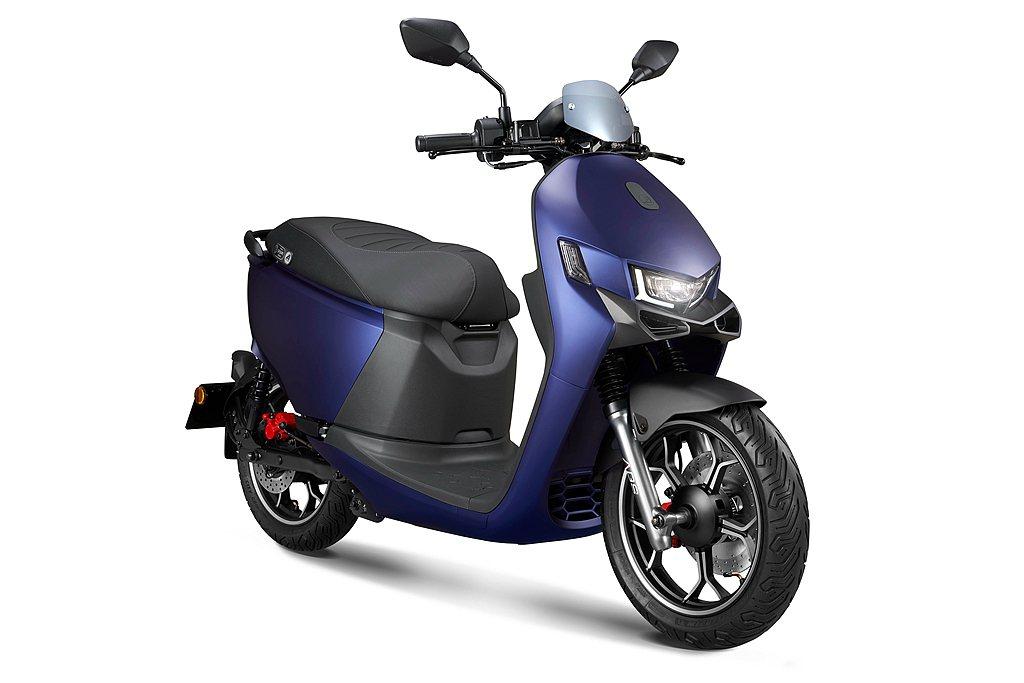 宏佳騰Ai-1 Ultra ABS自6月推出以來,以頂規配備性能與領先業界的智慧...