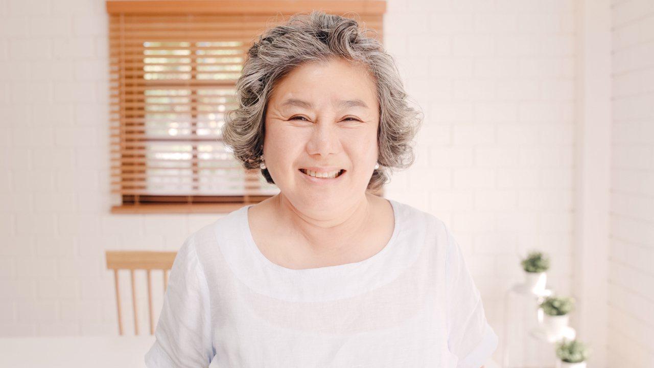 熟齡肌膚的照護,該如何精簡又做到準確,不造成肌膚負擔,把握四個方向最重要。 圖/...