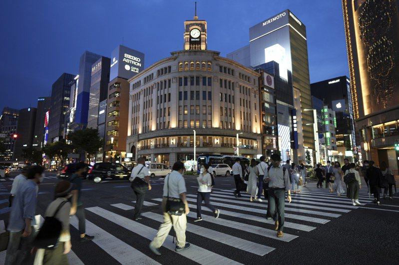 日本東京都今天新增新冠肺炎(2019冠狀病毒疾病,COVID-19)確診822例,比上週五增加162例,連續20天比上週同一天增加。 美聯社