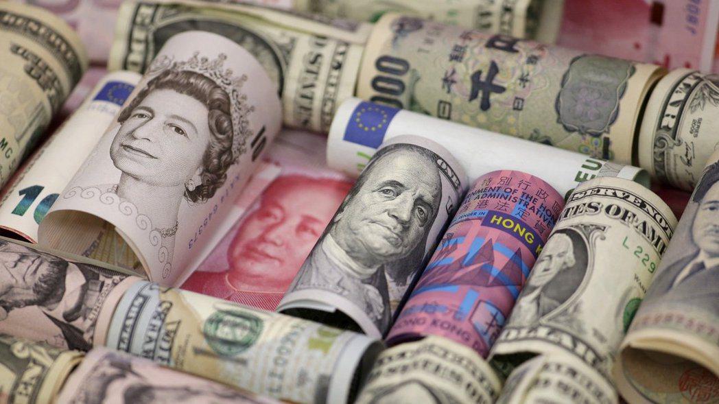 境外基金計價幣別以國際流通外幣為主,投資時須留意匯差。(本報系資料庫)