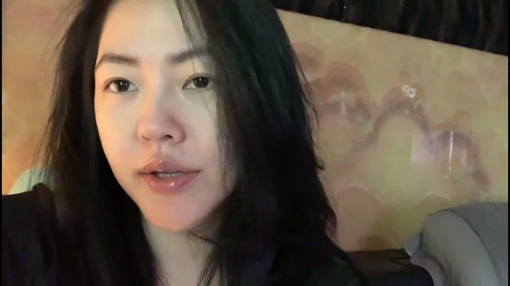 小S拍影片揭露與許老三間的對話。 圖/擷自小S臉書