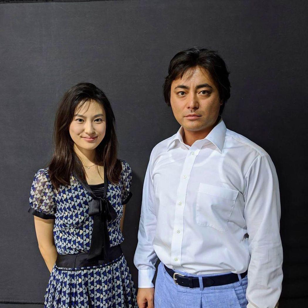 恒松祐里(左)與山田孝之在「AV帝王2」中不少對手戲。圖/摘自恒松祐里IG