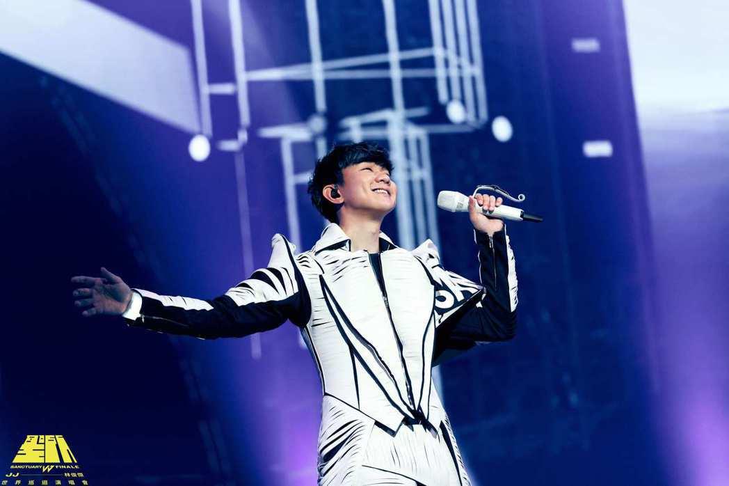 JJ林俊傑以高科技打造的「聖所 FINALE」終點站線上演唱會。圖/JFJ PR...