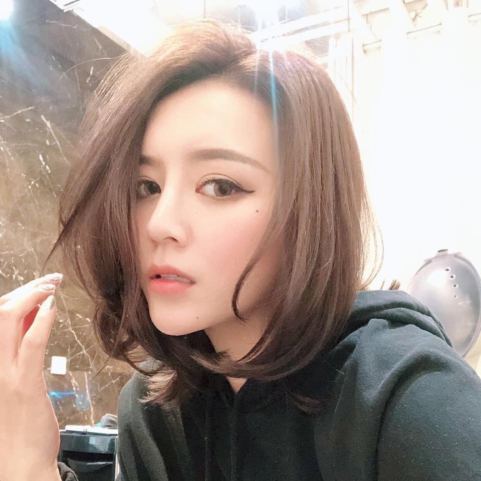 李妍憬向媒體爆料指李愛綺棄養父母。圖/摘自臉書
