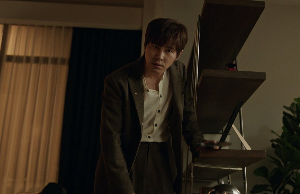 李奎炯靠演技駕馭擁有多重人格的殺人魔。圖/myVideo提供