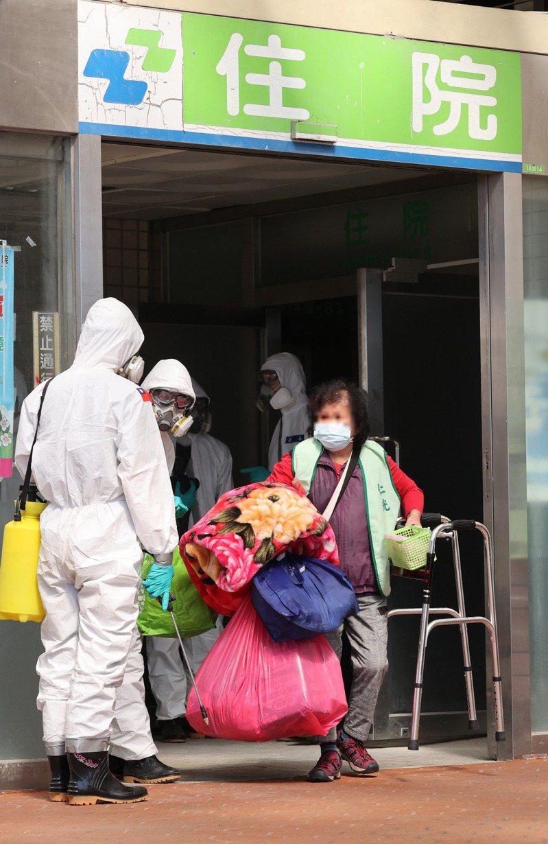新冠疫情帶走七百多條人命,台大急診部臨床副教授李建璋曾示警,德國解剖猝死個案發現,有三分之一死於肺栓塞。圖為示意圖。聯合報系資料照片