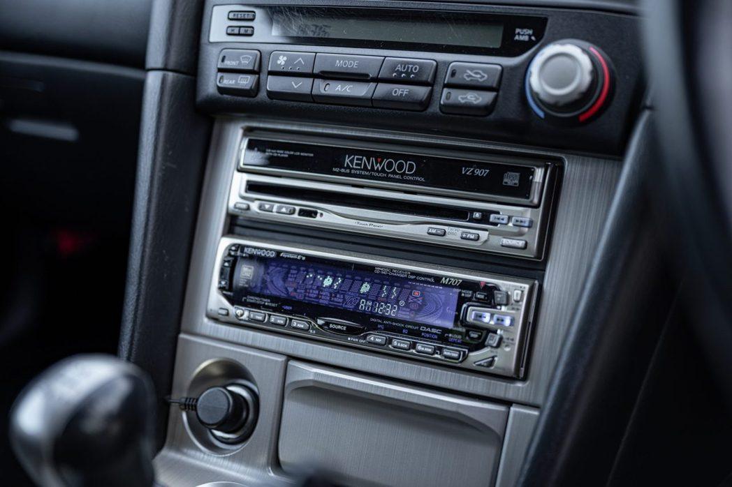 唯一改裝Kenwood M707立體聲音響和帶導航功能的 Kenwood VZ9...
