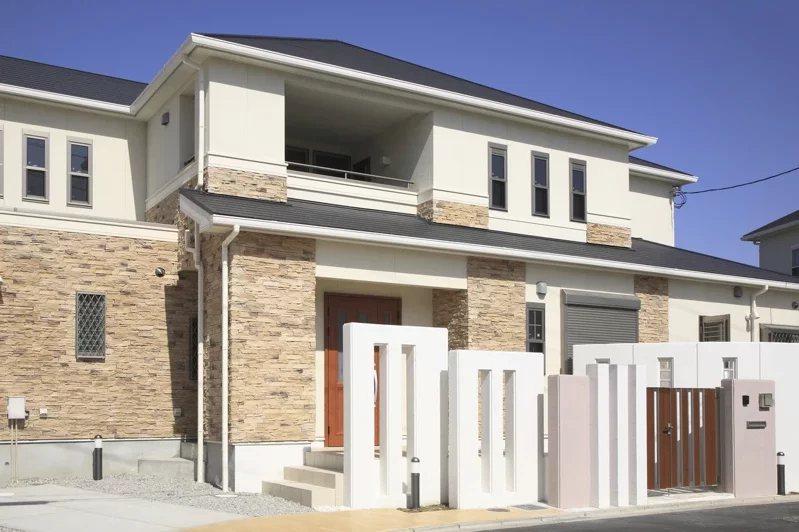 買房是件大事情,不少人會深思熟慮之後再決定。 圖/ingimage