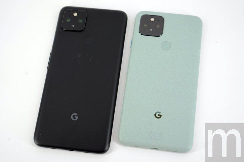 ▲左起:Pixel 4a 5G、Pixel 5,尺寸分別為6.2吋與6.0吋