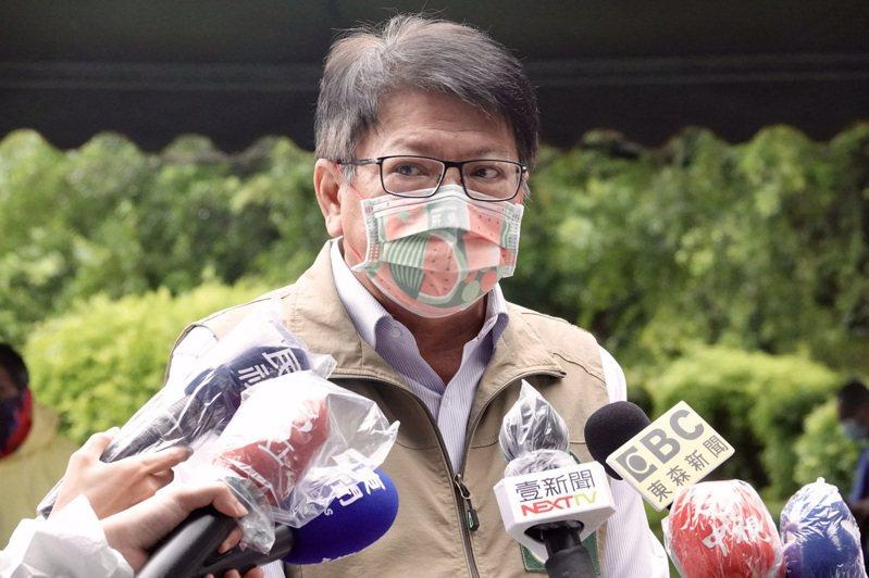 屏東縣長潘孟安說,台灣是一日生活圈,人口的移動是微解封最大顧慮,民眾的移動無法限制,就有可能型成破口,中央雖宣布7月13日微解封,團隊仍審慎以對。圖/本報資料照