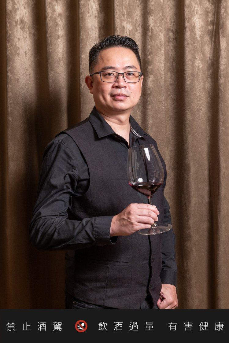 台灣酒研學院WSET認證講師謝宗興(Johnnie)。記者沈昱嘉/攝影。 ※ ...