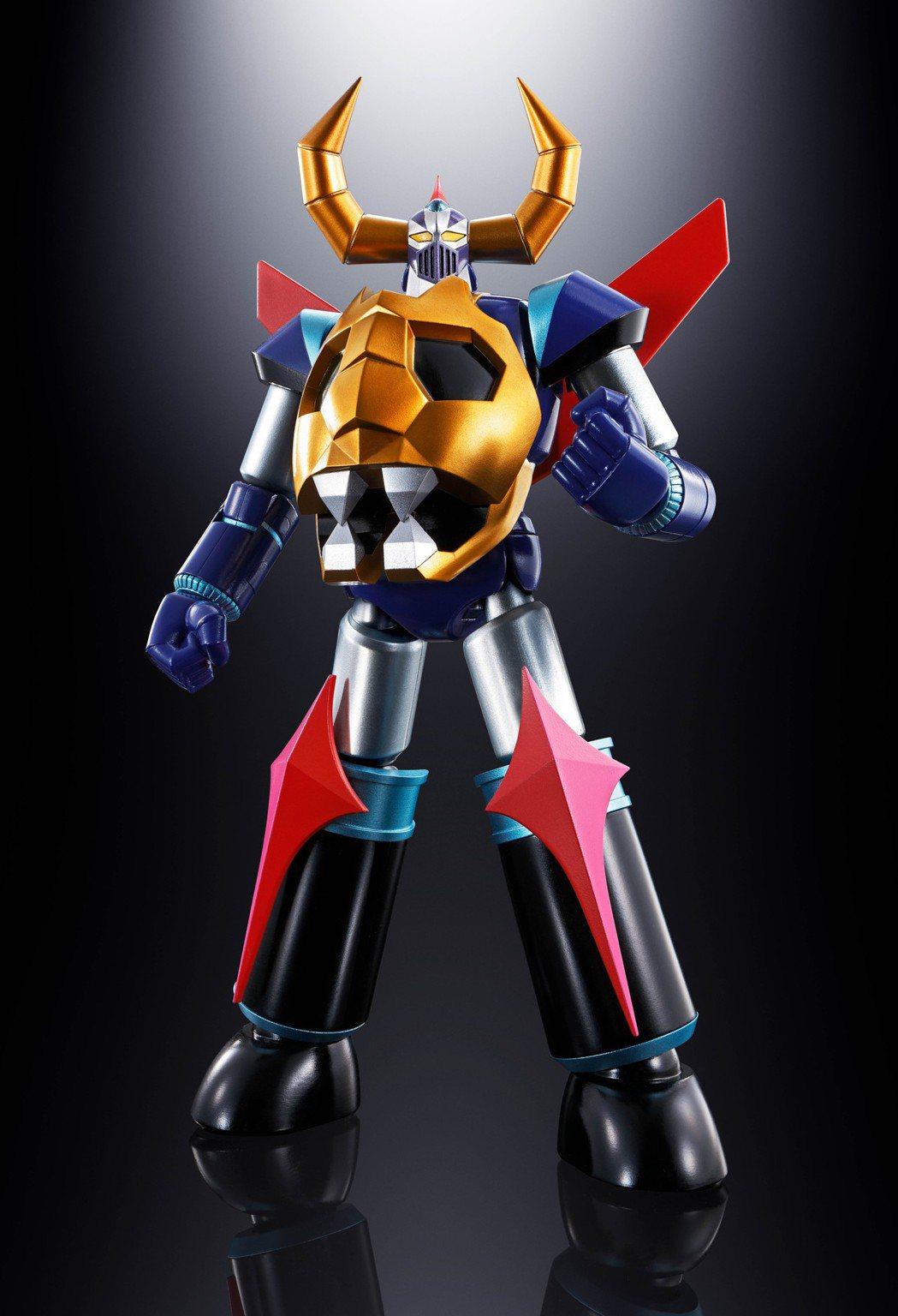 首度在台公開的超合金魂 GX-100 鎧王。