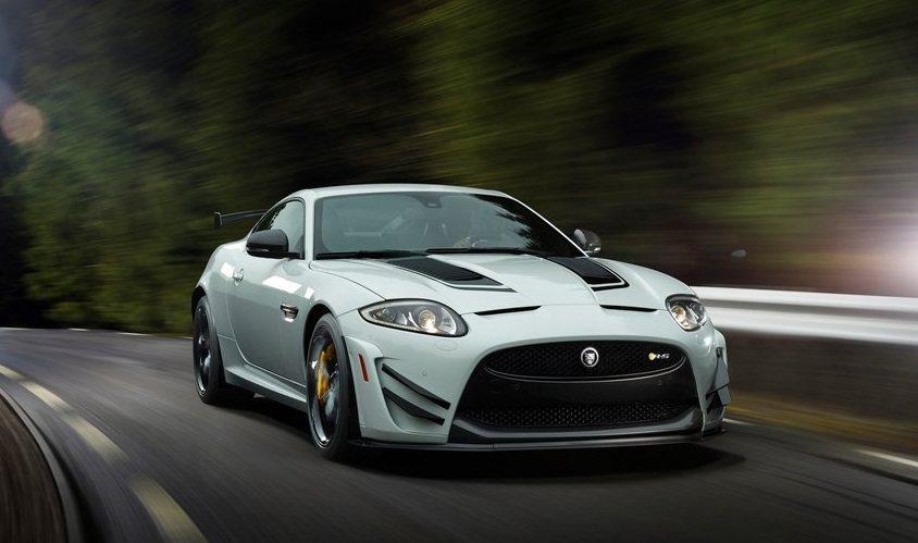 加上賽車空力套件的Jaguar XKR-S GT。 摘自Jaguar