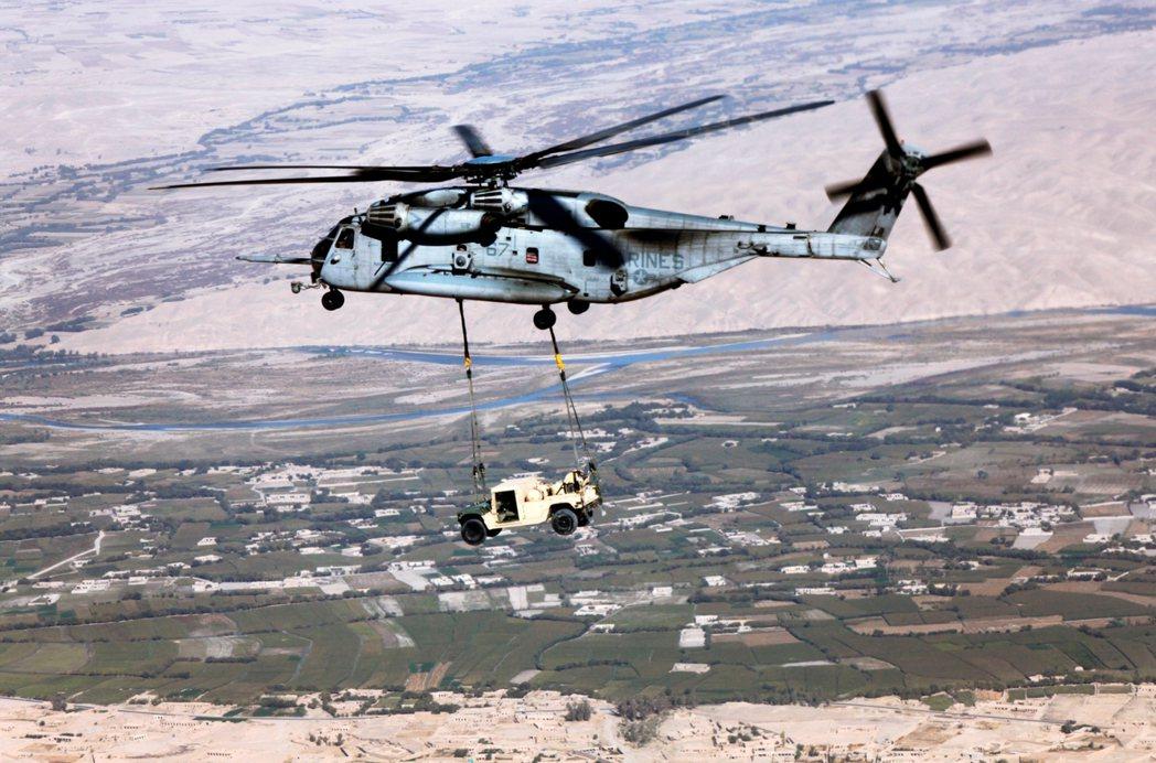 「美軍終於要走了...但在戰爭20年後,等待阿富汗的,又將是怎樣的慘烈終局?」 ...