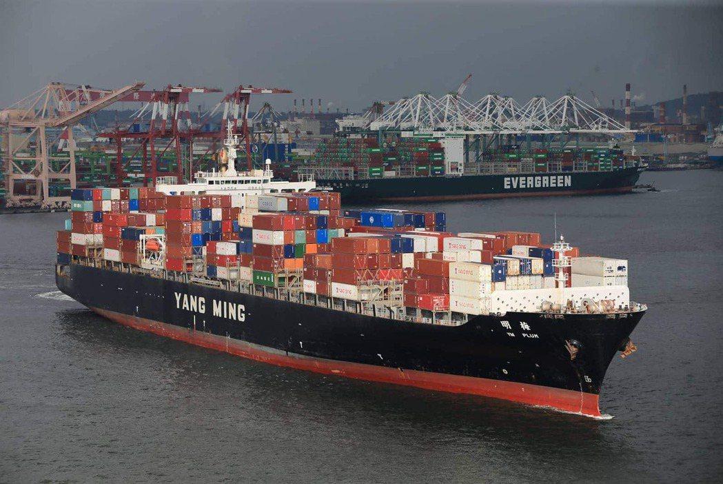 今年上半年吸引大批股民「上船」的航運股,如今仍表現亮眼,下半年會有變化嗎?圖片來...