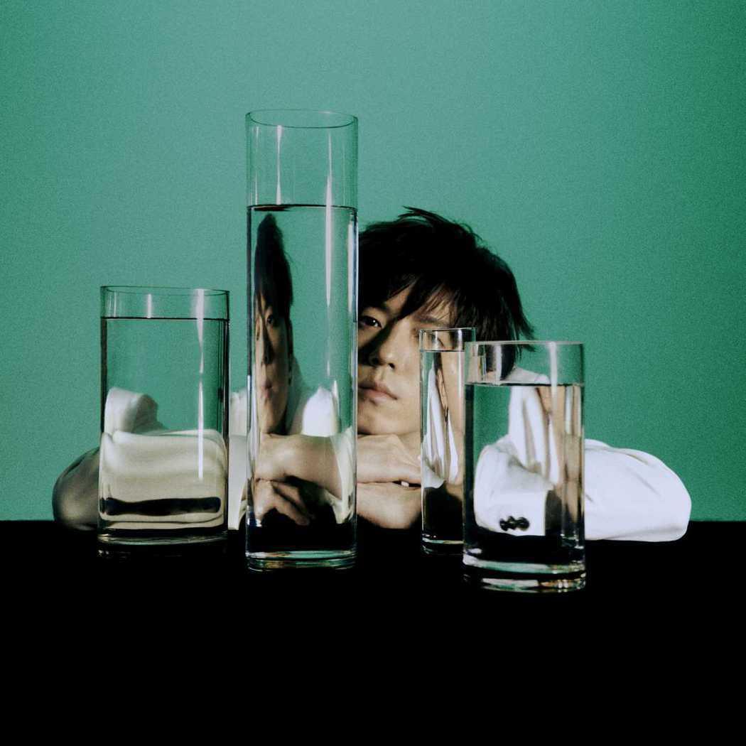 蔣卓嘉釋出新歌「請你不要在這鬼叫」。圖/索尼音樂提供