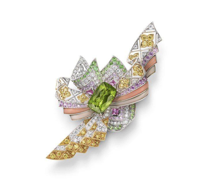 MIKIMOTO頂級珠寶系列十二單衣造型胸針,18K白金、18K黃金、橄欖石、藍...