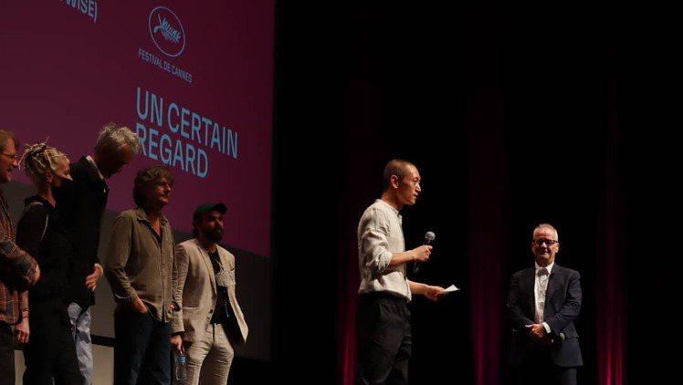 電影坎城首映獲全場起立鼓掌,奧地利華裔導演 C. B. YI 偕歐洲團隊代表到場...