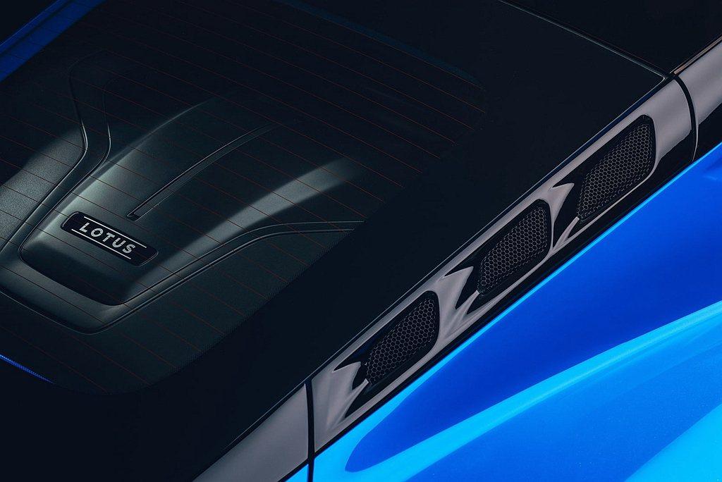Lotus Emira提出兩款動力配置規格車型。一為3.5L V6 VVT-I ...